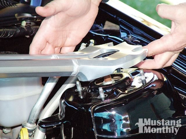 Strut brace install